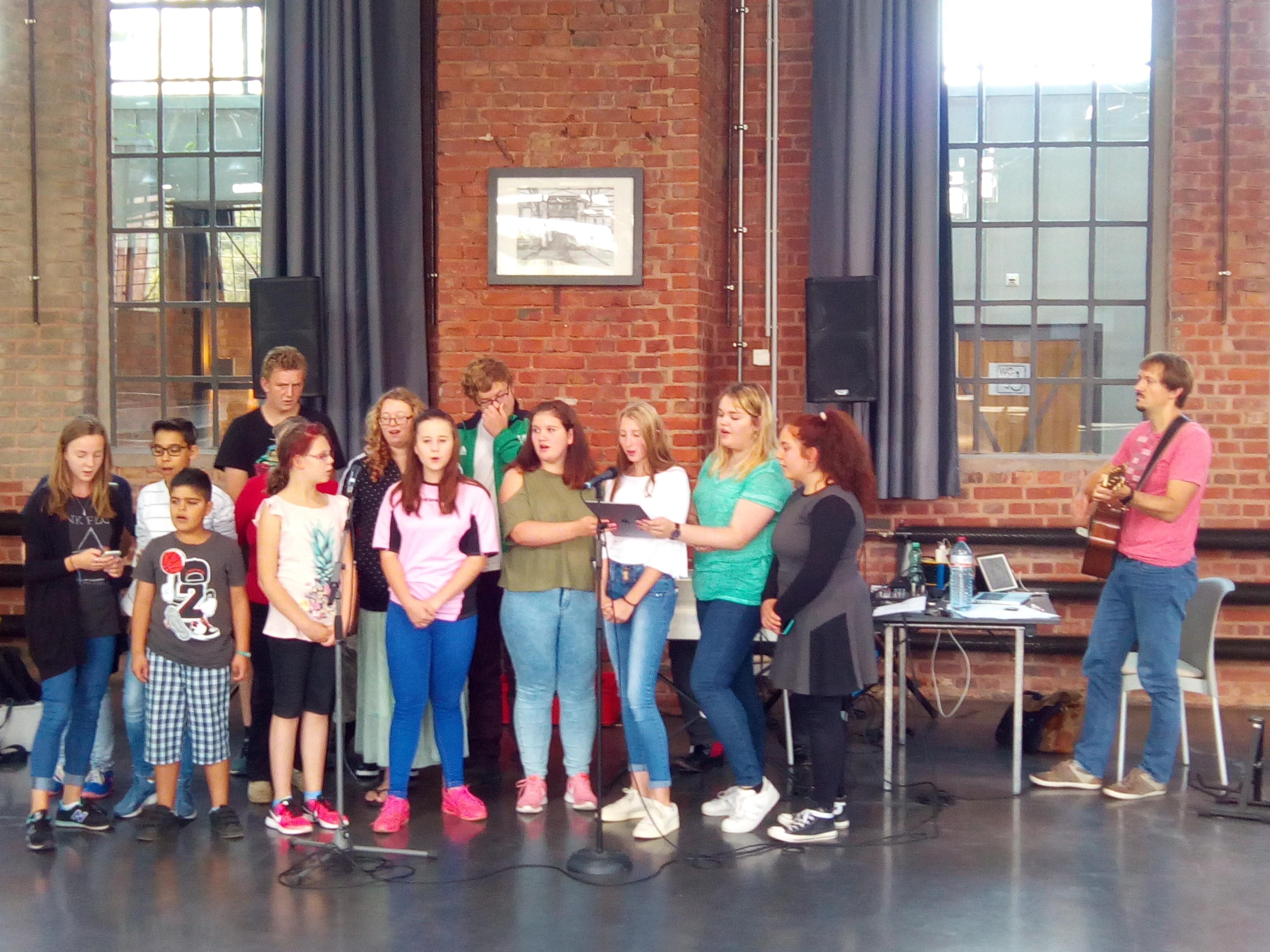 Teilnehmerinnen des zweiten Workshops für die Musikveranstaltung EINklang 2