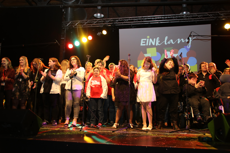 Musikveranstaltung EINklang III vom 28.10.2017 - das große Finale am Ende des Abends.